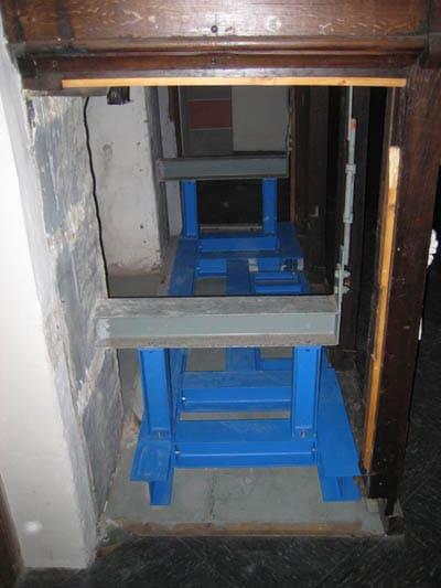 Stahltrger-Konstruktion 32