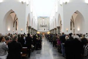 Organist, von Notre Dame Paris, Olivier Latry spielt zur Orgelweihe der Weimbs Orgel in St. Marien Mönchengladbach-Rheydt.